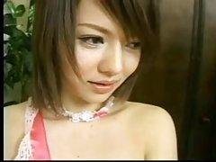 Karvainen Japanin nuori pillua... f70